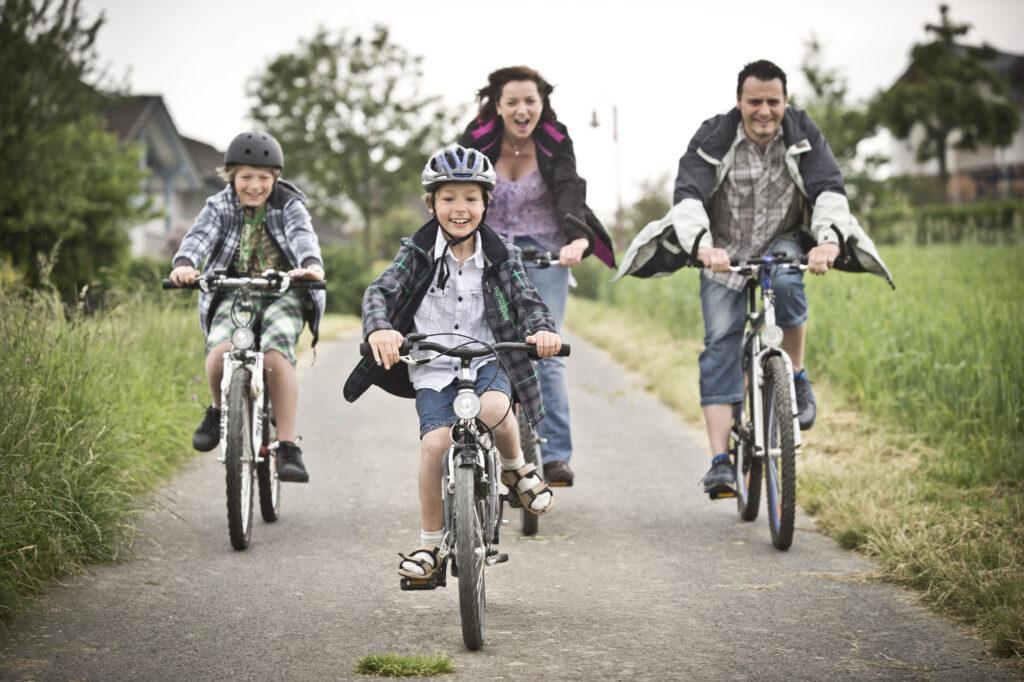 Unser Radwegekonzept für die Zukunft: Radwege ausbauen. Radwege instand halten.